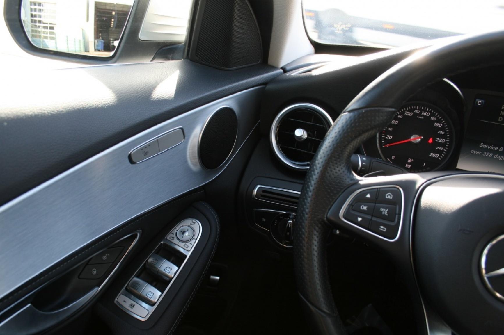 Mercedes-Benz-C-Klasse-35