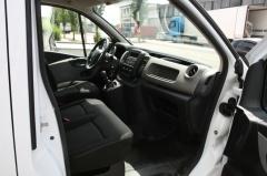 Renault-Trafic-6
