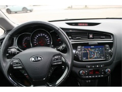 Kia-(Pro) Cee d-15