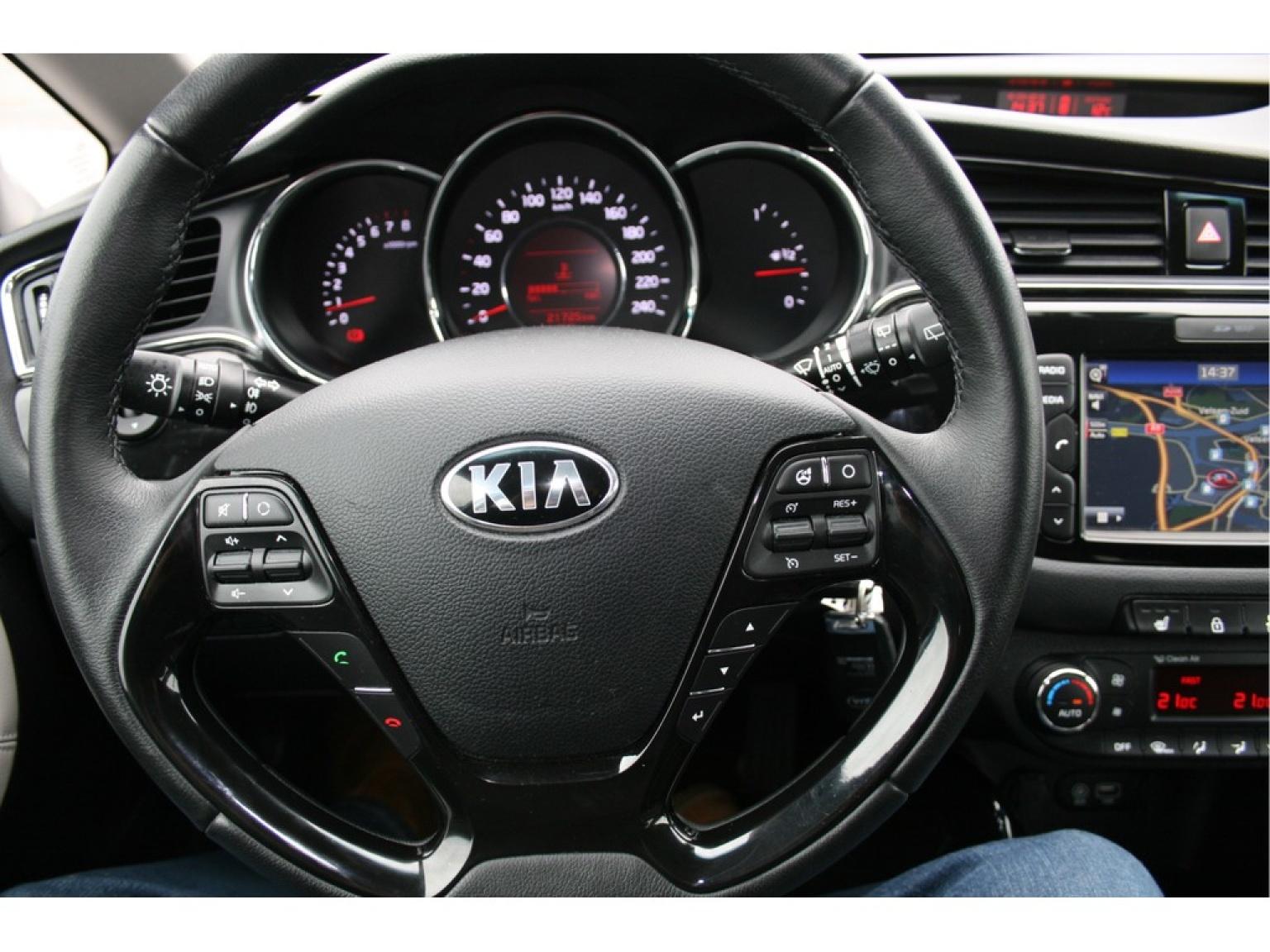 Kia-(Pro) Cee d-16