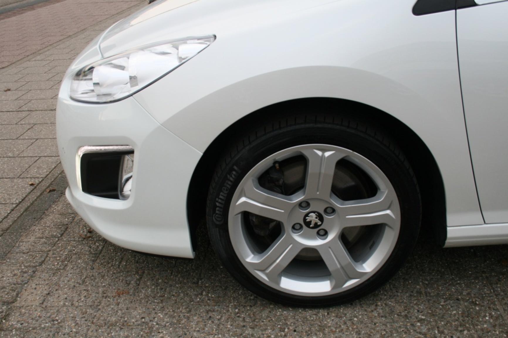 Peugeot-308-37
