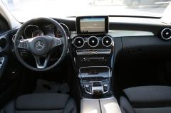 Mercedes-Benz-C-Klasse-28