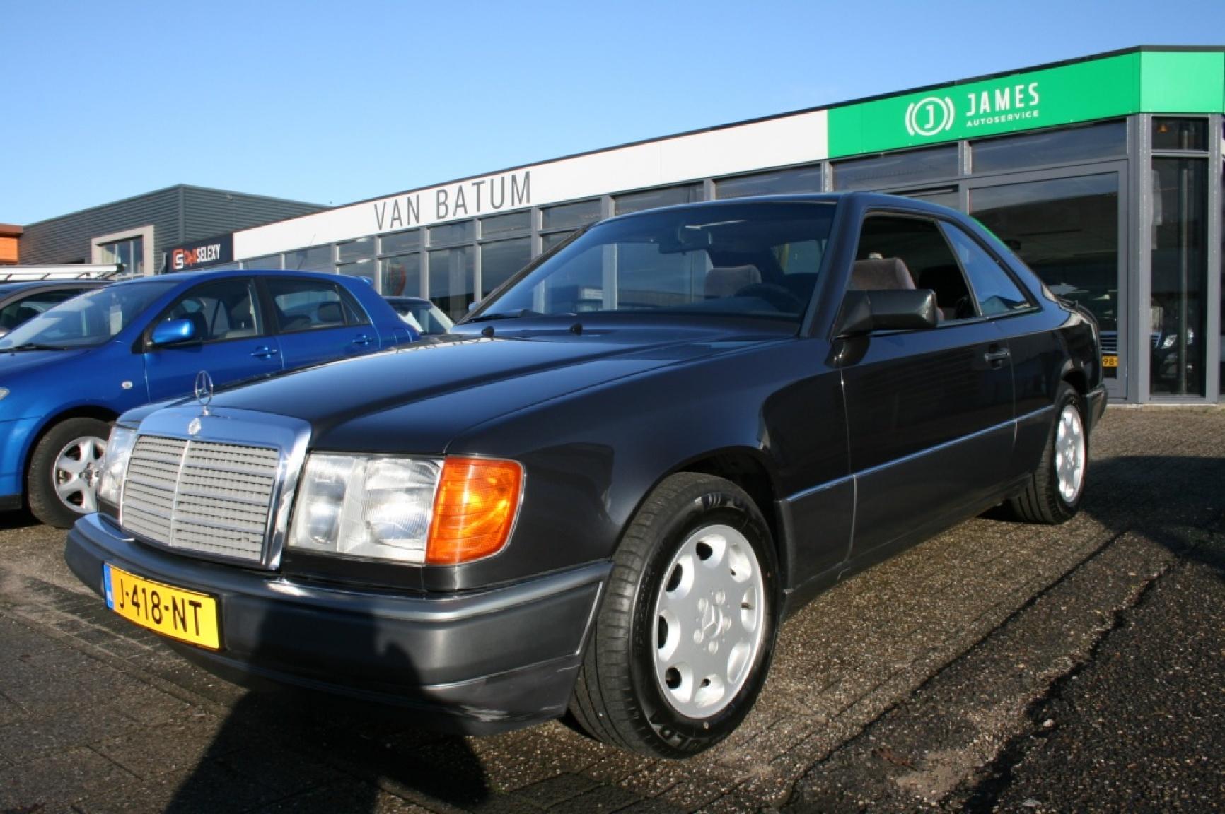 Mercedes-Benz-E-Klasse-23